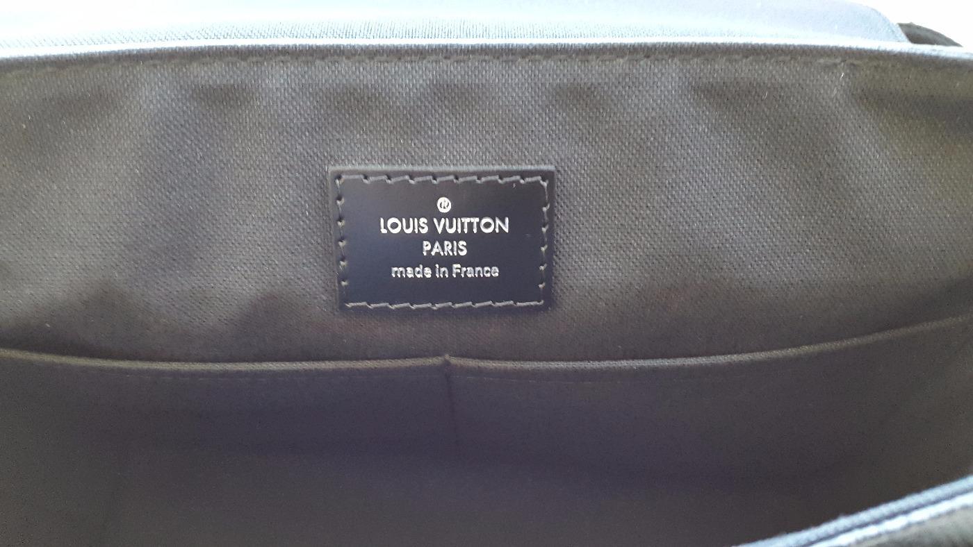 b70b8964ed2 Cap Luxury   achat et vente de produits de luxe de catégorie Louis Vuitton  Sacoche Louis